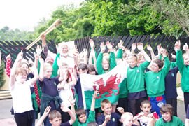 Children from the local primary school at Llanberis station