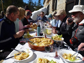 We had a light lunch washed down with wine at a refuge